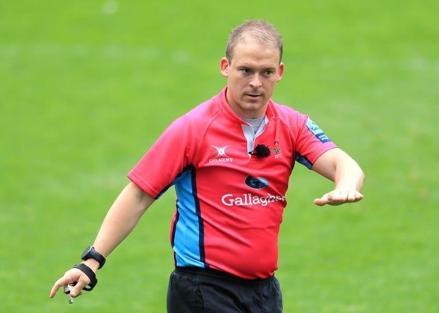 Referee Ian Tempest has accepted an apology from Tom Youngs