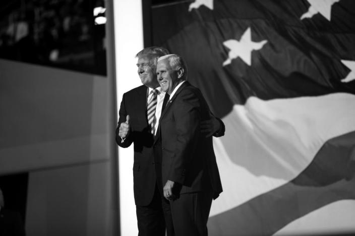 <p>Donald Trump poses with Gov. Mike Pence. (Photo: Khue Bui for Yahoo News)</p>