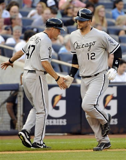 Pierzynski homers twice, White Sox beat Yankees