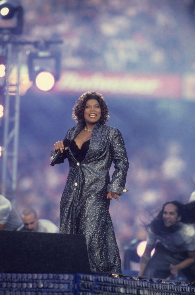 """<p>Queen Latifa wore a silver paisley coat and trousers.</p><p><a class=""""link rapid-noclick-resp"""" href=""""https://www.youtube.com/watch?v=YOlQzU6irJU&ab_channel=ryokanam"""" rel=""""nofollow noopener"""" target=""""_blank"""" data-ylk=""""slk:WATCH NOW"""">WATCH NOW</a></p>"""