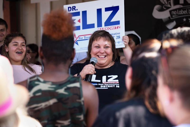 Eliz Markowitz speaks to voters at a Sept. 14 rally with Beto O'Rourke. Democrats hope her victory in an upcoming special election will threaten the GOP majority in Texas. (Photo: Donald R. Corr/Eliz Markowitz Campaign)
