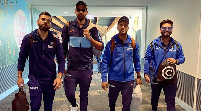 'Practice Instead of Posing' Netizens Bash Virat Kohli & Co Over Mayank Agarwal's Twitter Post Ahead of India vs New Zealand 2nd Test 2020