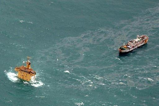 Somali pirates free 26 hostages held for nearly 5 years: mediators