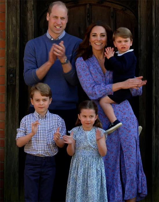kate-middleton-and-family