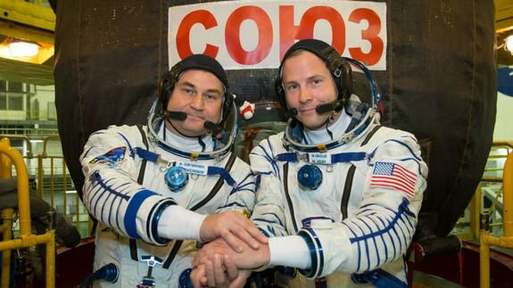 Two astronauts rescued as rocket fails