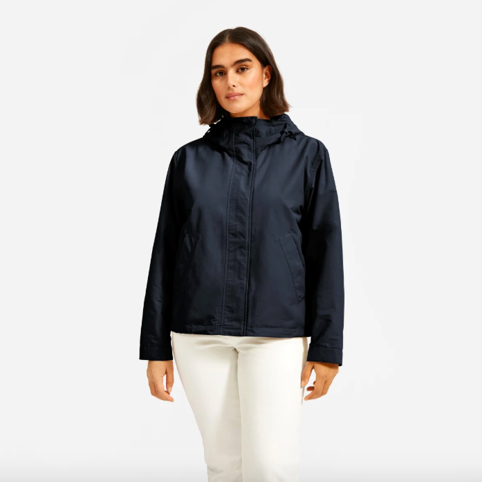 The ReNew Windbreaker in Midnight. Image via Everlane.