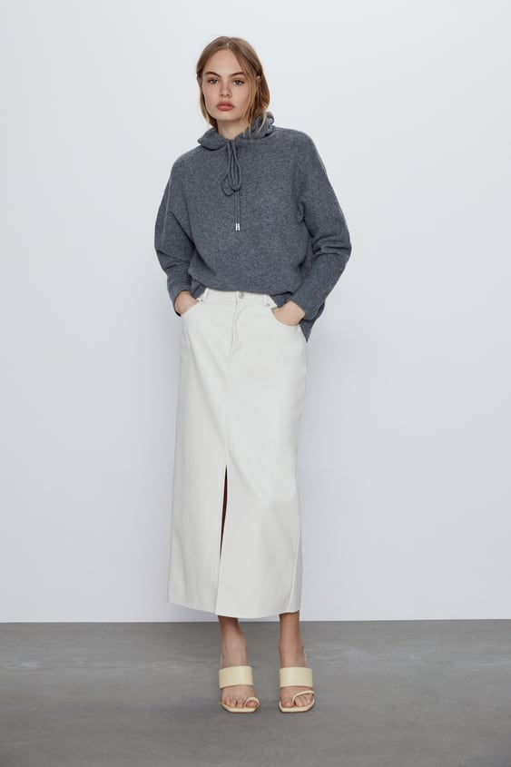 """This extra cozy hoodie is calling your mother's name. <br><br><strong>Zara</strong> Knit Sweatshirt, $, available at <a href=""""https://go.skimresources.com/?id=30283X879131&url=https%3A%2F%2Fwww.zara.com%2Fus%2Fen%2F-p09598179.html"""" rel=""""nofollow noopener"""" target=""""_blank"""" data-ylk=""""slk:Zara"""" class=""""link rapid-noclick-resp"""">Zara</a>"""