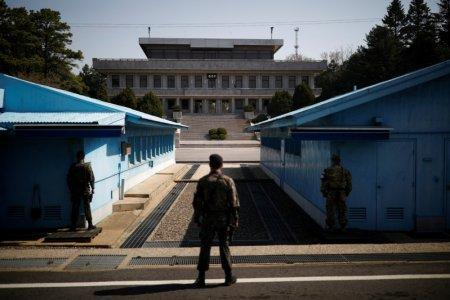 South Korean soldiers stand guard at the truce village of Panmunjom inside the demilitarized zone (DMZ) separating the two Koreas, South Korea, April 18, 2018. Picture taken on April 18, 2018. REUTERS/Kim Hong-Ji