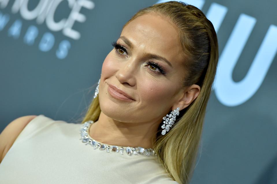 SANTA MONICA, CALIFORNIA - JANUARY 12: Jennifer Lopez attends the 25th Annual Critics' Choice Awards at Barker Hangar on January 12, 2020 in Santa Monica, California. (Photo by Axelle/Bauer-Griffin/FilmMagic)
