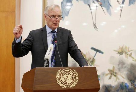 FILE PHOTO: Philip Alston, the U.N.'s special rapporteur on extreme poverty and human rights, attends a news conference in Beijing, China, August 23, 2016. REUTERS/Jason Lee