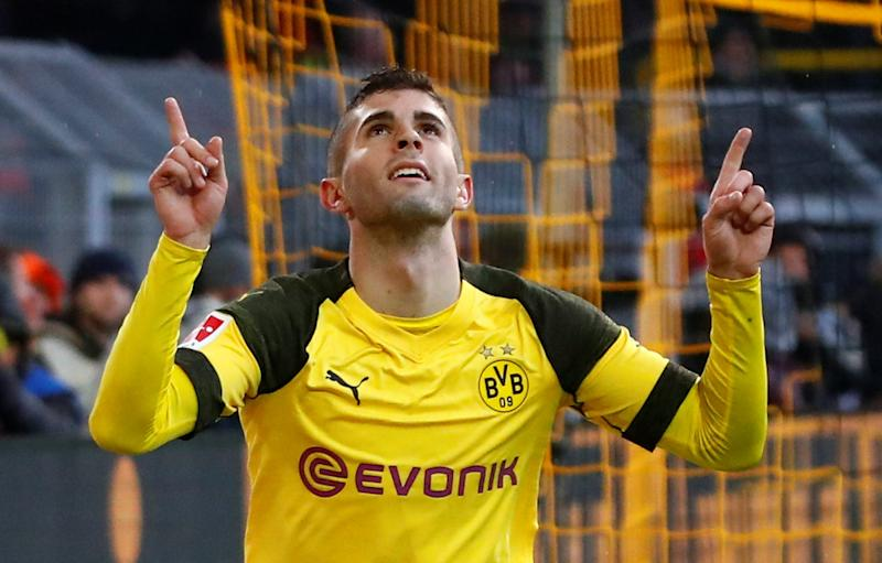 cheaper 91971 4e53c Christian Pulisic helps Dortmund keep pace with Bayern