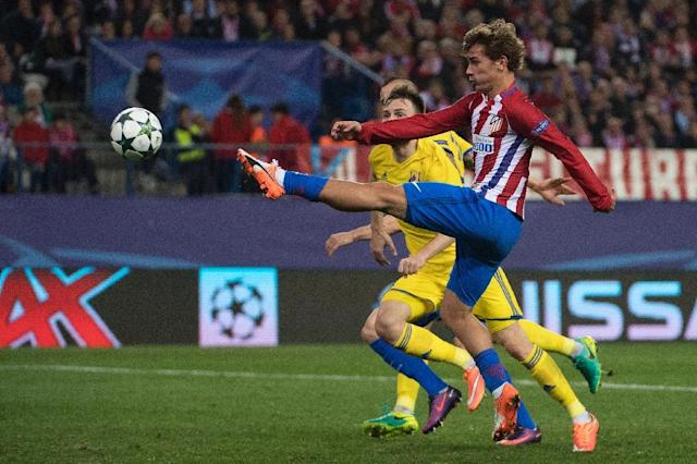 Atletico Madrid's Antoine Griezmann (R), pictured in 2016, has scored 79 goals in 149 games for Atletico since joining in 2014 (AFP Photo/CURTO DE LA TORRE)