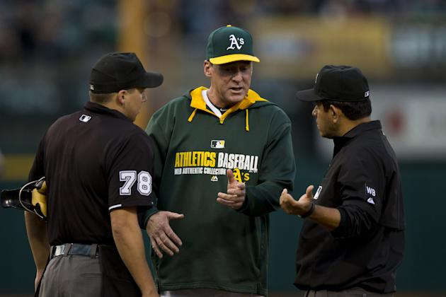 The umpire's locker room smelled like what? (Getty Images)
