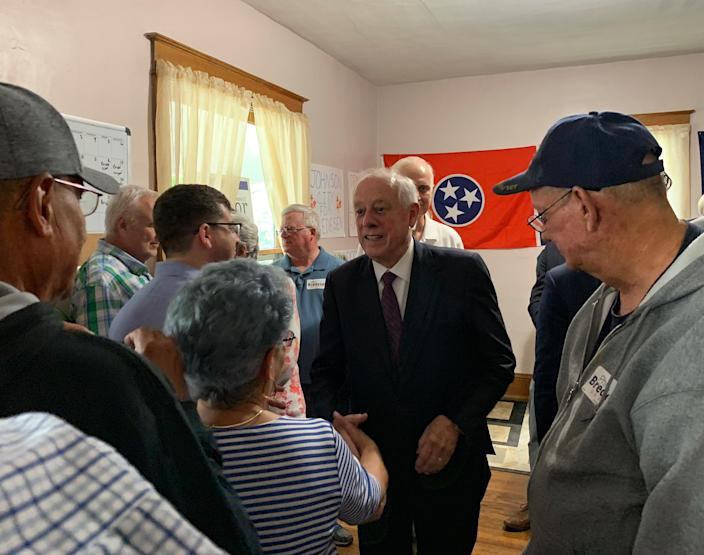 Phil Bredesen campaigns in Johnson City, Tenn. (Photo: Holly Bailey/Yahoo News)