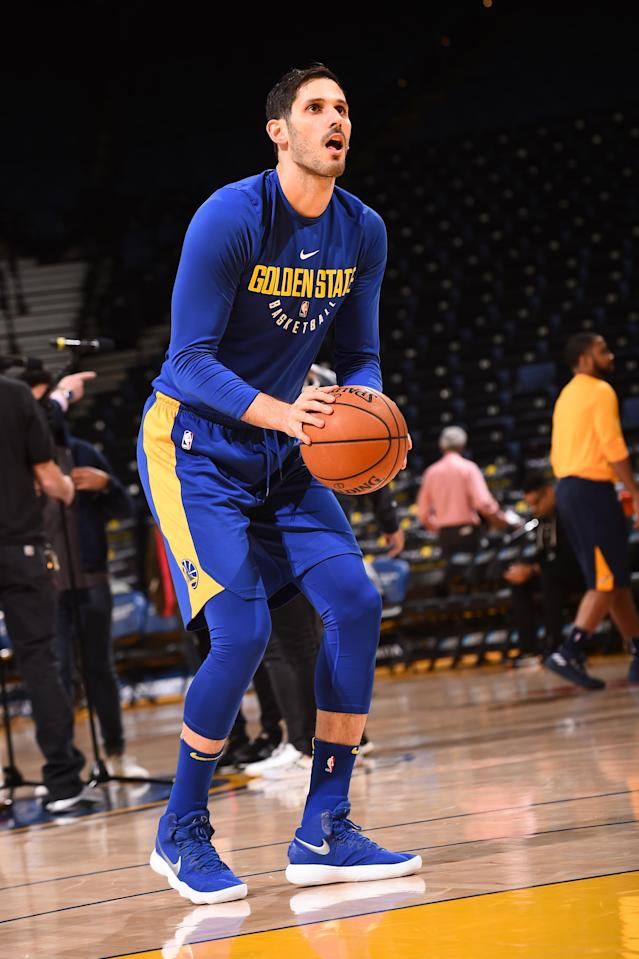 OAKLAND, CA - MARCH 25: Omri Casspi #18 of the Golden State Warriors shoots the ball during warmups before the game against the Utah Jazz on March 25, 2018 at ORACLE Arena in Oakland, California. (Photo by Noah Graham/NBAE via Getty Images)