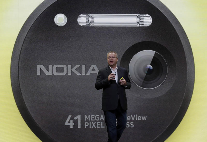 Nokia phone's potent camera is bid to regain share