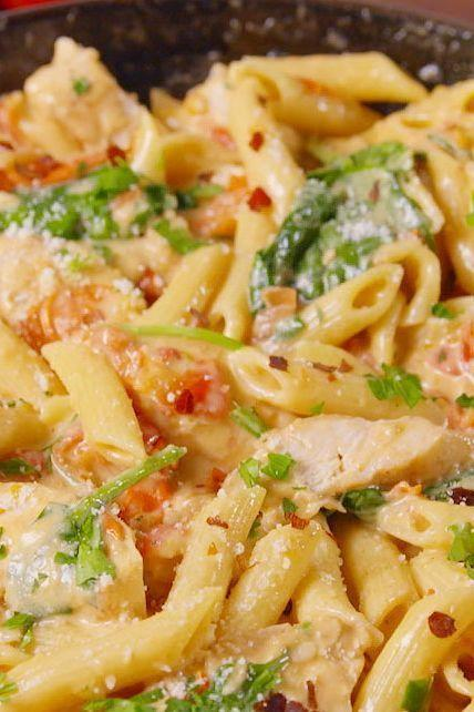 """<p>We turned chicken florentine into our new favourite pasta dinner.</p><p>Get the <a href=""""https://www.delish.com/uk/cooking/recipes/a29734497/chicken-florentine-pasta-recipe/"""" rel=""""nofollow noopener"""" target=""""_blank"""" data-ylk=""""slk:Chicken Florentine Pasta"""" class=""""link rapid-noclick-resp"""">Chicken Florentine Pasta</a> recipe.</p>"""