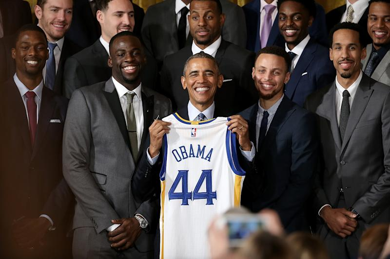 Stephen Curry pays tribute to President Obama with MLK Day ...