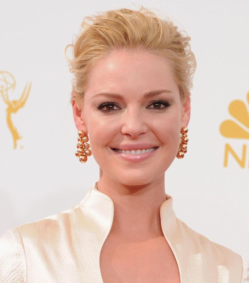 """<p>When asked about the 2007 film, Heigl told <a href=""""https://www.vanityfair.com/hollywood/2016/04/katherine-heigl-greys-anatomy-shonda-rhimes"""" rel=""""nofollow noopener"""" target=""""_blank"""" data-ylk=""""slk:Vanity Fair"""" class=""""link rapid-noclick-resp""""><em>Vanity Fair</em></a>, """"It was a little sexist. It paints the women as shrews, as humorless and uptight. I had a hard time with it, on some days. I'm playing such a b*tch; <em>why is she being such a killjoy? Why is this how you're portraying women?</em> Ninety-eight percent of the time it was an amazing experience, but it was hard for me to love the movie.""""</p>"""