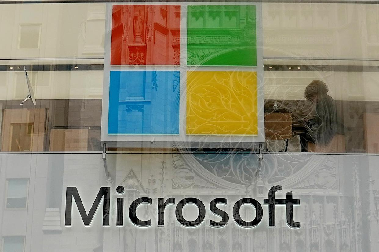 A Microsoft store is pictured in New York City, New York, U.S., August 21, 2018. REUTERS/Carlo Allegri