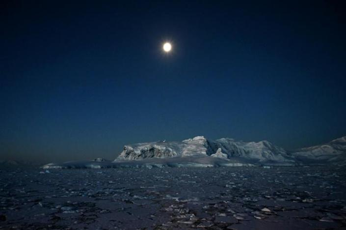 Glaciers are pictured at Chiriguano Bay at night in Antarctica in November 2019 (AFP Photo/Johan ORDONEZ)
