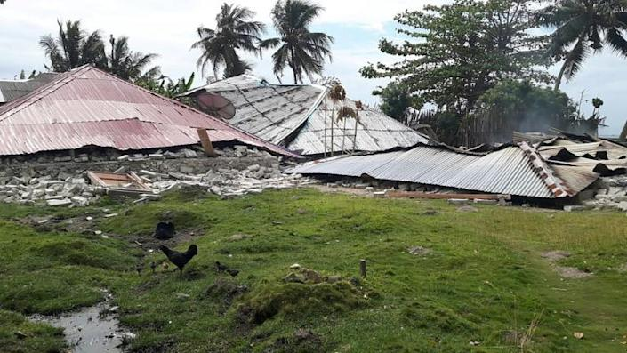 Hundreds of houses, offices, schools and public facilities were damaged in the earthquake which killed 19 people in Indonesia's Maluku islands (AFP Photo/Handout)