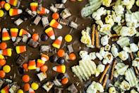 """<p>Never made chocolate bark before? You're going to want to try this season! The topping possibilities are endless. </p><p><strong><a href=""""https://thepioneerwoman.com/food-and-friends/how-to-make-chocolate-bark/"""" rel=""""nofollow noopener"""" target=""""_blank"""" data-ylk=""""slk:Get the recipe"""" class=""""link rapid-noclick-resp"""">Get the recipe</a>.</strong></p><p><strong><a class=""""link rapid-noclick-resp"""" href=""""https://go.redirectingat.com?id=74968X1596630&url=https%3A%2F%2Fwww.walmart.com%2Fip%2FThe-Pioneer-Woman-2-Piece-Rectangular-Ruffle-Top-Ceramic-Bakeware-Set%2F46040022&sref=https%3A%2F%2Fwww.thepioneerwoman.com%2Ffood-cooking%2Fmeals-menus%2Fg32110899%2Fbest-halloween-desserts%2F"""" rel=""""nofollow noopener"""" target=""""_blank"""" data-ylk=""""slk:SHOP BAKING DISHES"""">SHOP BAKING DISHES</a></strong></p>"""