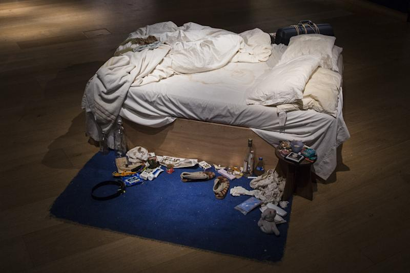 Tracey Emin's 1998 piece 'My Bed.'