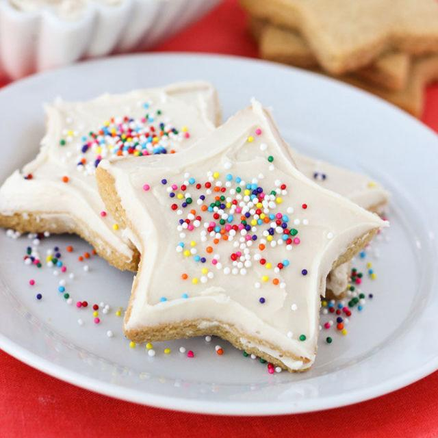 "<p>Don't worry, this isn't just another sugar cookie recipe — the coconut and almond flour mixture guarantees that perfect balance of crunchiness on the outside and buttery goodness on the inside. </p><p><strong>Get the recipe at <a rel=""nofollow"" href=""http://blog.meaningfuleats.com/the-best-almond-flour-sugar-cookies-gluten-free-grain-free/"">Meaningful Eats</a>. </strong></p><p><strong>RELATED: <a rel=""nofollow"" href=""http://www.redbookmag.com/food-recipes/advice/g664/healthy-avocado-dessert-recipes/"">9 ""I Can't Believe It's Avocado!"" Dessert Recipes</a><span><a rel=""nofollow"" href=""http://www.redbookmag.com/food-recipes/advice/g664/healthy-avocado-dessert-recipes/""></a></span></strong></p>"