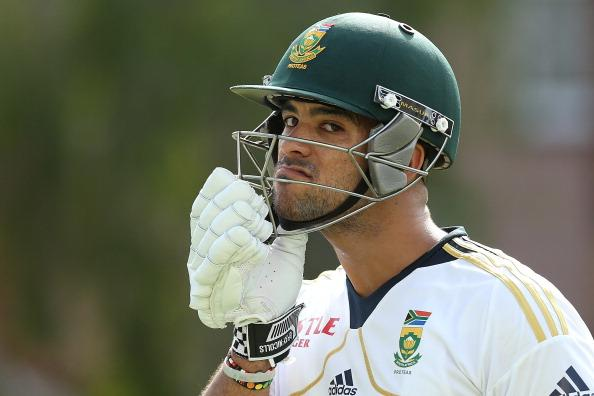 BRISBANE, AUSTRALIA - NOVEMBER 07:  JP Duminy puts on his helmet during a South African nets session at The Gabba on November 7, 2012 in Brisbane, Australia.  (Photo by Chris Hyde/Getty Images)
