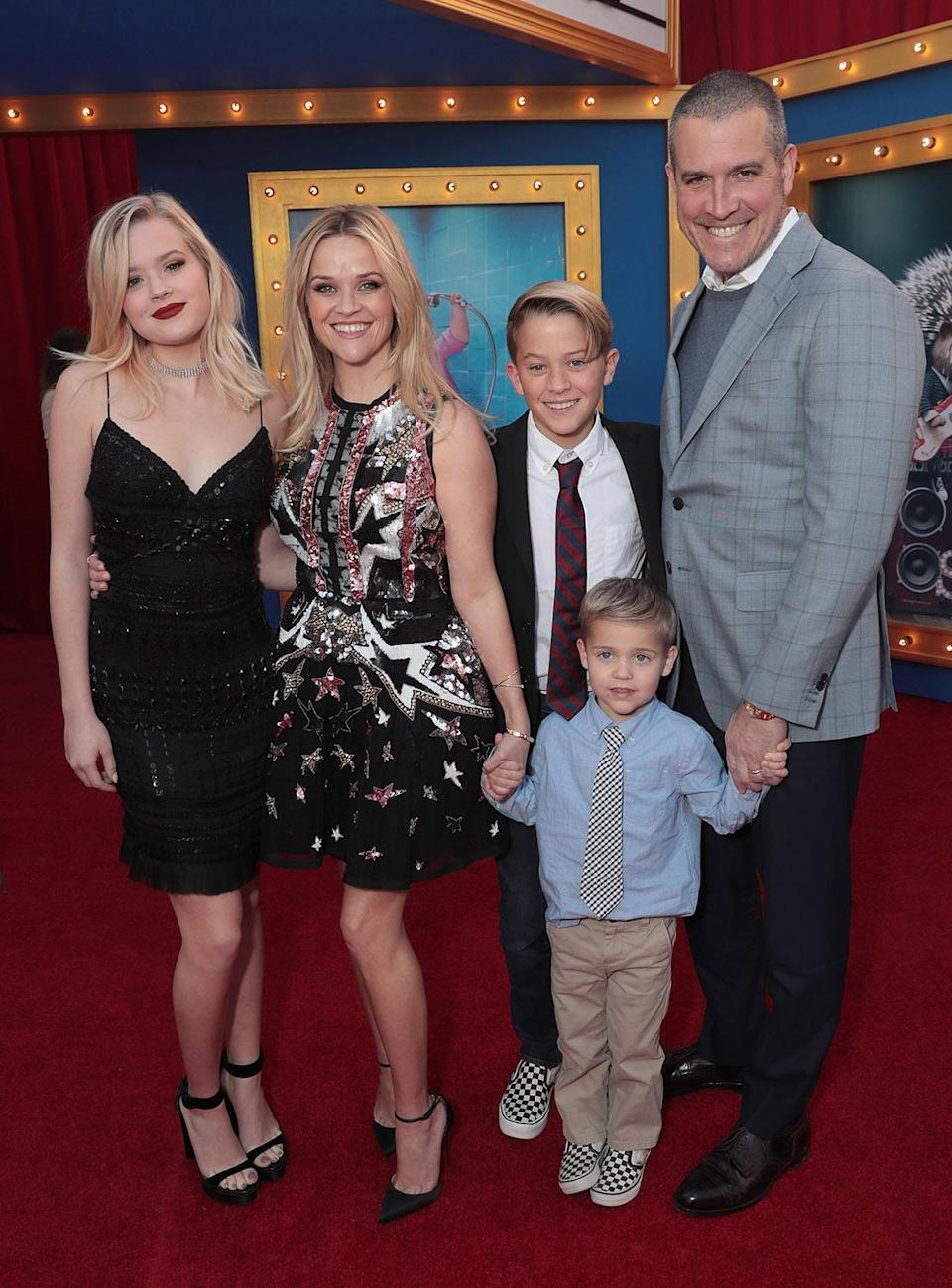 <p>It was a family affair for Reese at the Los Angeles premiere of the animated feature.<br> (Photo: Getty Images) </p>