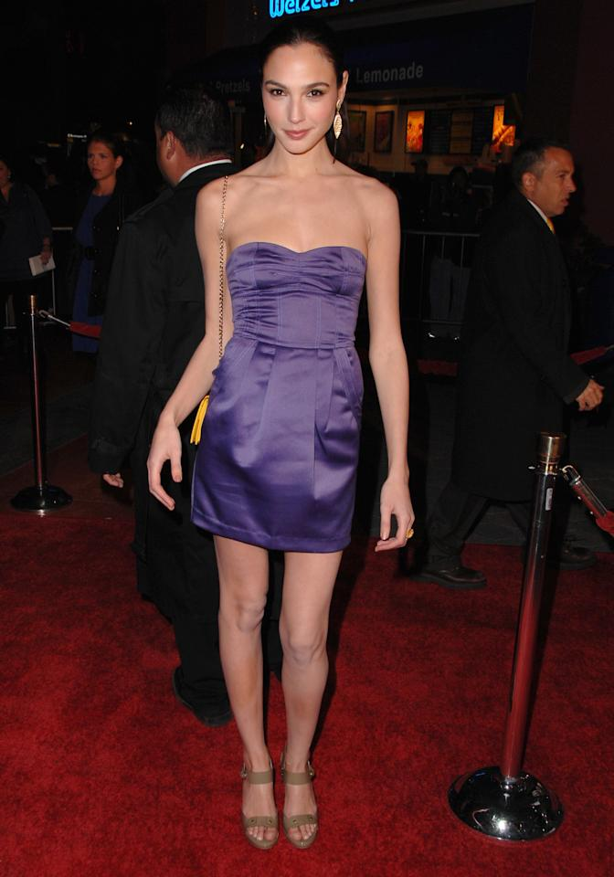 <p>At the Los Angeles premiere of <em>Fast & Furious</em>, Gadot looked fresh faced as she posed on the red carpet in a mini purple strapless dress.</p>