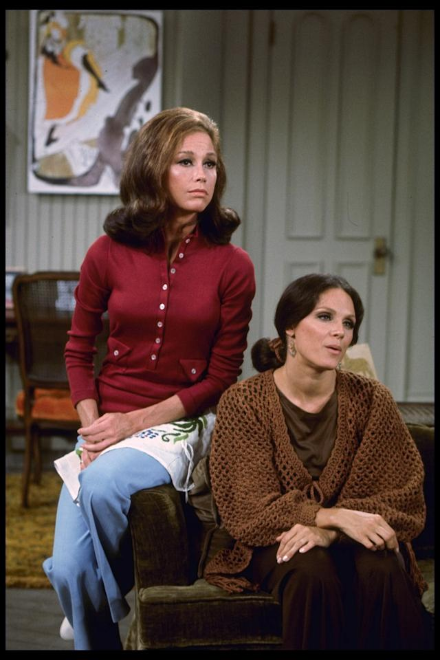 "Mary Tyler Moore as Mary Richards and Valerie Harper as Rhoda Morgenstern on ""The Mary Tyler Moore Show"" in the '70s. (Photo: CBS via Getty Images)"