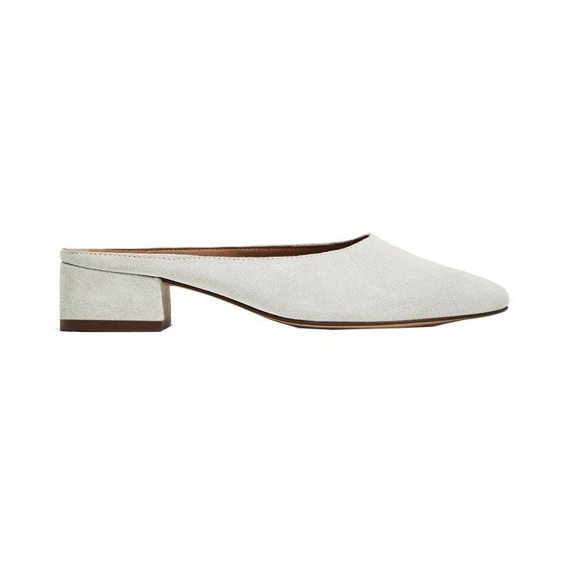"""<p><a href=""""https://www.zara.com/us/en/sale/woman/shoes/view-all/split-suede-heeled-slides-c734178p4227013.html"""" rel=""""nofollow noopener"""" target=""""_blank"""" data-ylk=""""slk:Split Suede Heeled Slides,"""" class=""""link rapid-noclick-resp"""">Split Suede Heeled Slides, </a><span><span>$50</span> $36</span></p> <p> <strong>Related Articles</strong> <ul> <li><a href=""""http://thezoereport.com/fashion/style-tips/box-of-style-ways-to-wear-cape-trend/?utm_source=yahoo&utm_medium=syndication"""" rel=""""nofollow noopener"""" target=""""_blank"""" data-ylk=""""slk:The Key Styling Piece Your Wardrobe Needs"""" class=""""link rapid-noclick-resp"""">The Key Styling Piece Your Wardrobe Needs</a></li><li><a href=""""http://thezoereport.com/entertainment/celebrities/meghan-markle-meet-the-markles-reality-show/?utm_source=yahoo&utm_medium=syndication"""" rel=""""nofollow noopener"""" target=""""_blank"""" data-ylk=""""slk:Meghan Markle Is About To Be The Subject Of A New Reality TV Show"""" class=""""link rapid-noclick-resp"""">Meghan Markle Is About To Be The Subject Of A New Reality TV Show</a></li><li><a href=""""http://thezoereport.com/living/wellness/chocolate-avocado-pudding-recipe-bon-appetit/?utm_source=yahoo&utm_medium=syndication"""" rel=""""nofollow noopener"""" target=""""_blank"""" data-ylk=""""slk:If You Love Avocados And Chocolate, You Need To Try This Easy Recipe"""" class=""""link rapid-noclick-resp"""">If You Love Avocados And Chocolate, You Need To Try This Easy Recipe</a></li> </ul> </p>"""