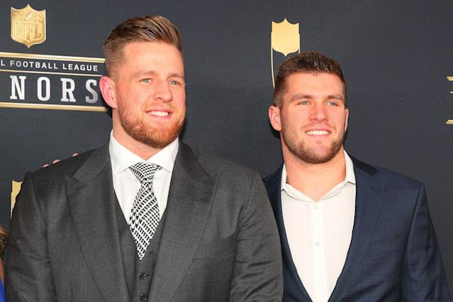 "<a class=""link rapid-noclick-resp"" href=""/nfl/players/24798/"" data-ylk=""slk:JJ Watt"">JJ Watt</a> and his brother TJ Watt will co-host a new TV show with their brother, Derek. (Photo by Rich Graessle/Icon Sportswire via Getty Images)"