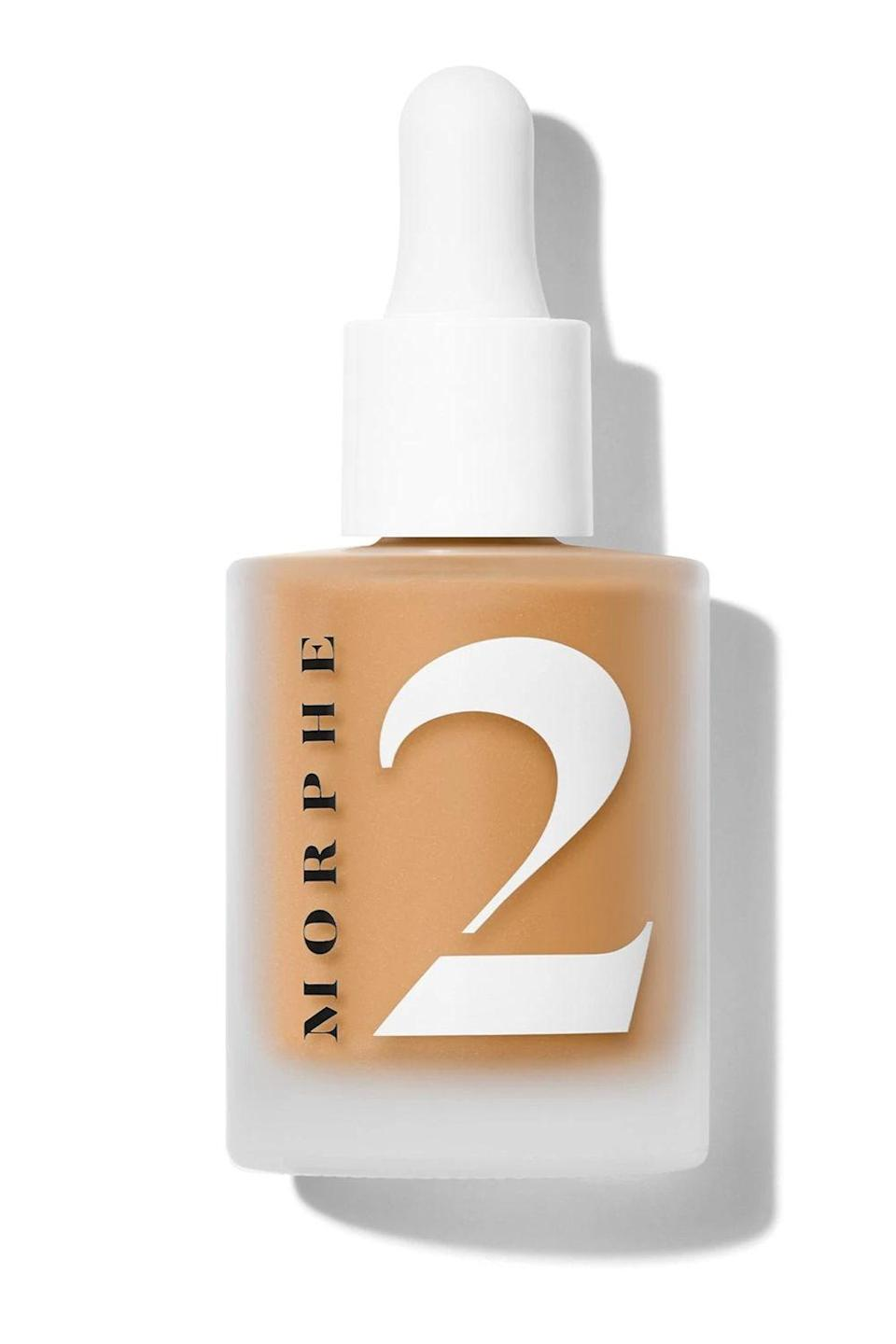 """<p><strong>Morphe</strong></p><p>ulta.com</p><p><strong>$18.00</strong></p><p><a href=""""https://go.redirectingat.com?id=74968X1596630&url=https%3A%2F%2Fwww.ulta.com%2Fmorphe-2-hint-hint-skin-tint%3FproductId%3Dpimprod2017569&sref=https%3A%2F%2Fwww.cosmopolitan.com%2Fstyle-beauty%2Fbeauty%2Fg36094404%2Fbest-skin-tints%2F"""" rel=""""nofollow noopener"""" target=""""_blank"""" data-ylk=""""slk:Shop Now"""" class=""""link rapid-noclick-resp"""">Shop Now</a></p><p>Behold: The perfect <a href=""""https://www.cosmopolitan.com/style-beauty/beauty/a8977017/best-waterproof-makeup-products/"""" rel=""""nofollow noopener"""" target=""""_blank"""" data-ylk=""""slk:water-resistant makeup"""" class=""""link rapid-noclick-resp"""">water-resistant makeup</a> for summer. This skin tint is sweat resistant, and transfer-resistant, so even though it's sheer, it'll still <strong>last for a full 16 hours</strong> (yep, even when it's ridiculously hot and humid and you're sweating like crazy). </p>"""
