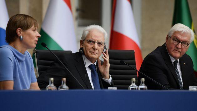 (From L) Estonia's President Kersti Kaljulaid, Italy's President Sergio Mattarella and Germany's President Frank-Walter Steinmeier take part in a press conference of Heads of State members of the Arraiolos Group on September 15, 2021 following their one-day meeting work sessions at the Quirinale palace in Rome. - The