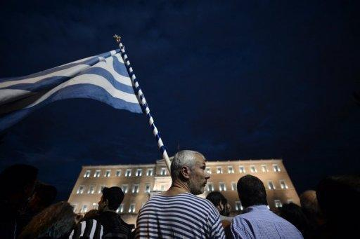 S&P lifts Greece from selective default rating