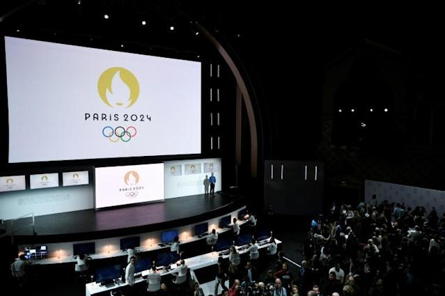 The new 2024 Olympics logo has earned online ridicule for its apparent resemblence to a stereotypical Parisian woman (AFP Photo/STEPHANE DE SAKUTIN)