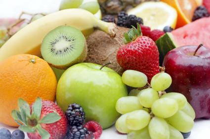 "<div class=""caption-credit""> Photo by: iStockphoto</div><div class=""caption-title""></div><b>Fruits and vegetables - 9.7% of food choking ER visits <br></b> Like with hot dogs, fruits and vegetables are difficult to chew and kids can bite off bigger bites. Make sure things are prepared in small pieces."