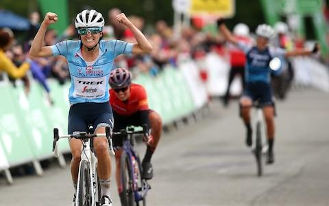 <span>Lizzie Deignan, left, is aiming to become the second British woman to win the World Road Race Championship on home soil</span> <span>Credit: GETTY IMAGES </span>