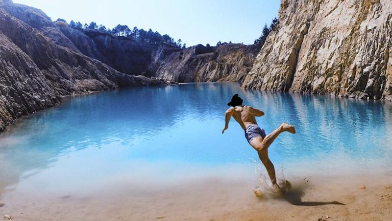 Instagrammers Fall Sick After Taking Dip in Spain's Lake Monte Neme, As The Turquoise-Coloured Popular Tourist Spot is 'Toxic'!