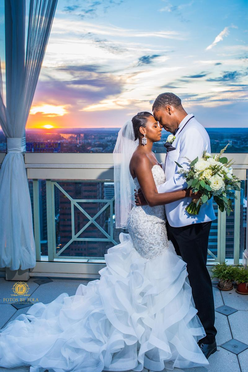 """NaPortia and Kellen had a beautiful Atlanta rooftop wedding. It was simply amazing!"" -- <i>Afolabi Sogunro  </i><strong>  </strong>"