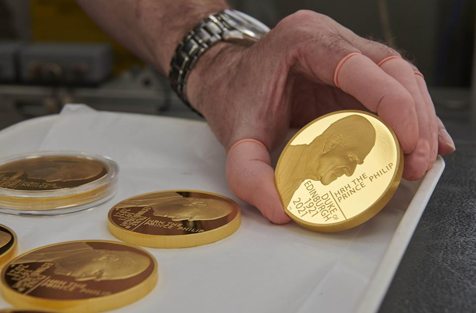 A gold coin commemorating the life of the Duke of Edinburgh (PA Media)