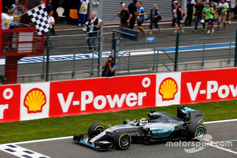 """2015: Mercedes AMG F1 W06<span class=""""copyright"""">Alastair Staley / Motorsport Images</span>"""
