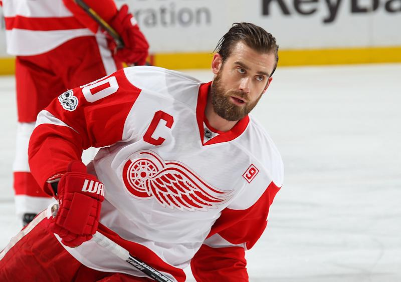 Detroit Red Wings captain hints at retirement date