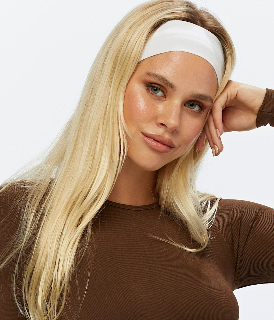 Close up of model wearing Glassons Active Headband