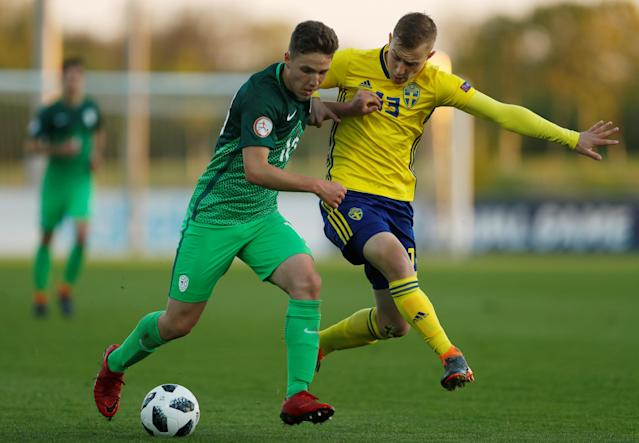 Soccer Football - UEFA European Under-17 Championship - Group B - Slovenia v Sweden - St George's Park, Burton Upon Trent, Britain - May 4, 2018 Sweden's Amel Mujanic in action with Slovenia's Tamar Svetlin Action Images via Reuters/Lee Smith