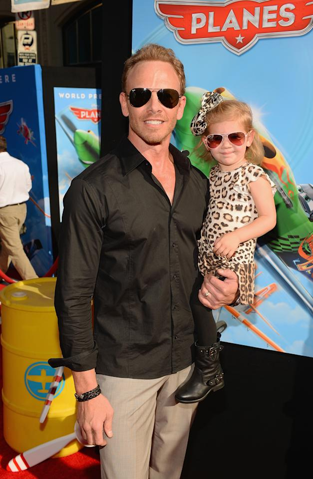 "HOLLYWOOD, CA - AUGUST 05: Actor Ian Ziering and daughter attend the premiere of Disney's ""Planes"" at the El Capitan Theatre on August 5, 2013 in Hollywood, California.  (Photo by Mark Davis/Getty Images)"