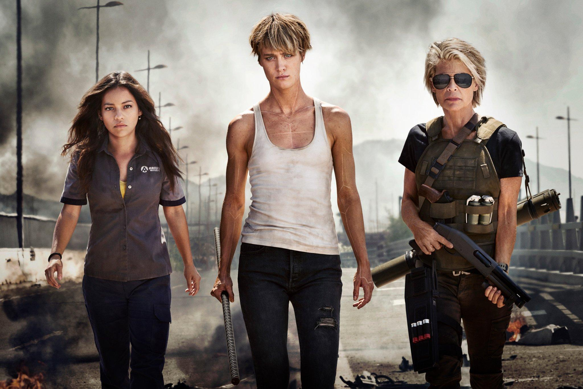 Is Mackenzie Davis playing a Terminator? (Paramount)